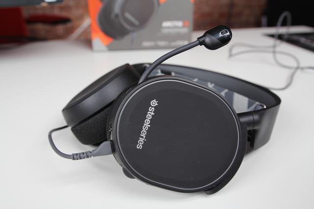 SteelSeries Arctis 3 - najlepszy headset do 300 zł