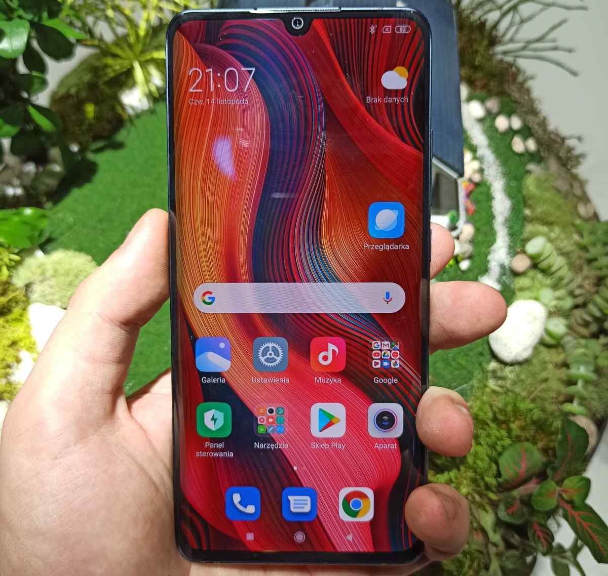 Xiaomi Mi Note 10 posiada bardzo jasny ekran