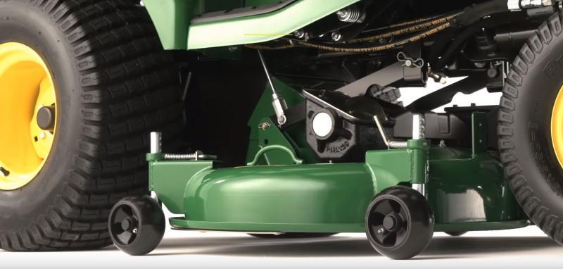 Agregat koszący traktorka John Deere