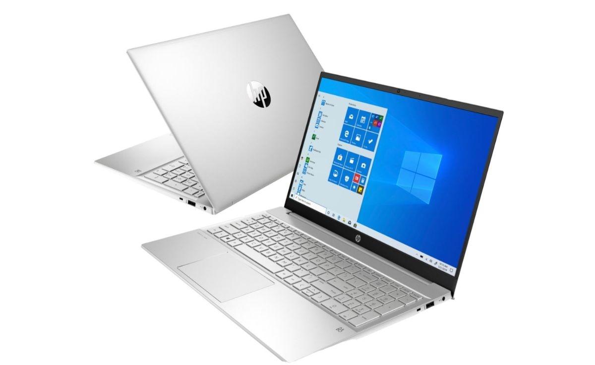 Laptop HP Pavilion 15-eg0033nw na białym tle