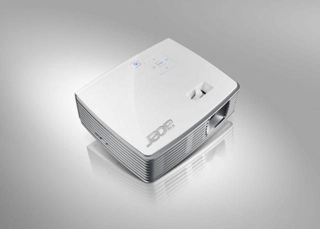 Projektor Acer K130