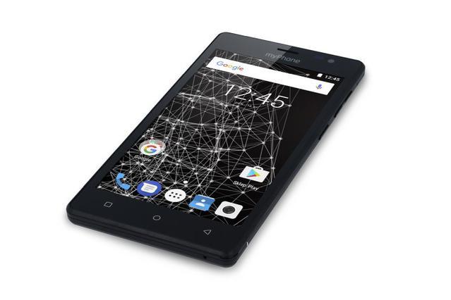 Q-Smart to urządzenie dobre jako pierwszy smartfon dla seniora lub dziecka.