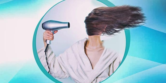 Jak prawidłowo suszyć włosy? Porady dotyczące suszenia