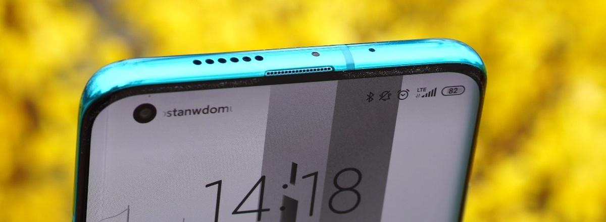 Ulokowanie głośników w Xiaomi Mi 10 jest dość niefortunne