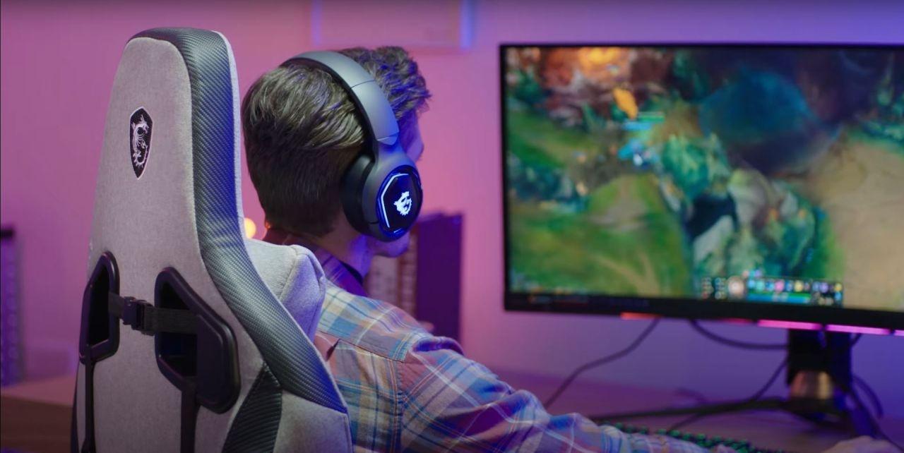 Gaming na fotelu MSI MAG CH130