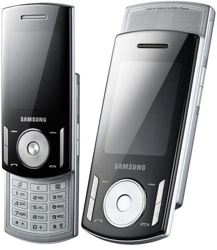 Samsung F400
