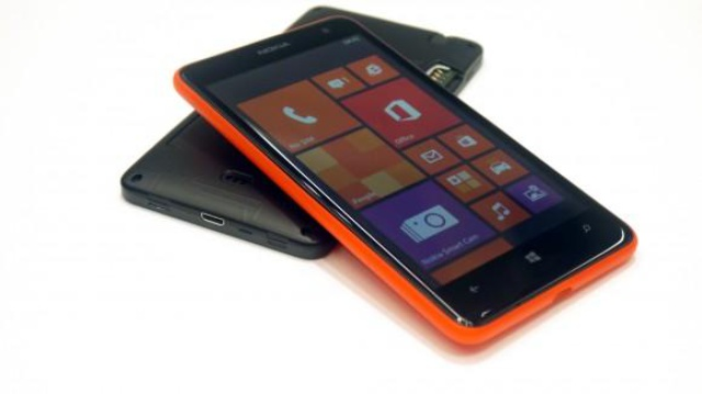 Nokia Lumia 625 fot1