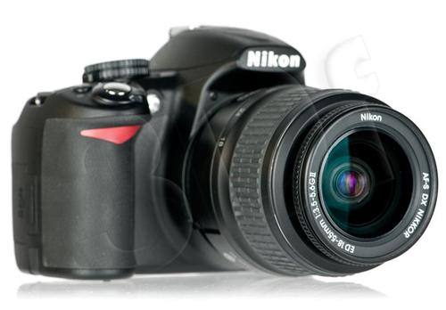 NIKON D3100 + AF-S DX18-55M f/3,5–5,6