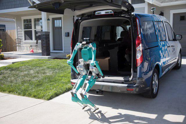 Digit będzie stale połączony z autonomicznym samochodem
