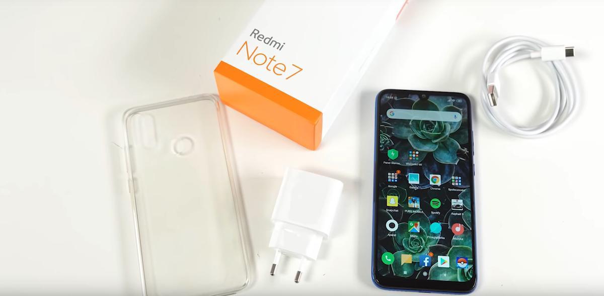 Redmi Note 7 oferuje na starcie silikonowe etui