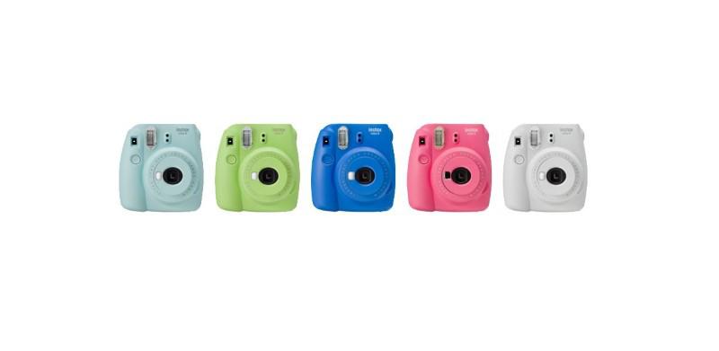 Instax Mini 9 ma różne kolory