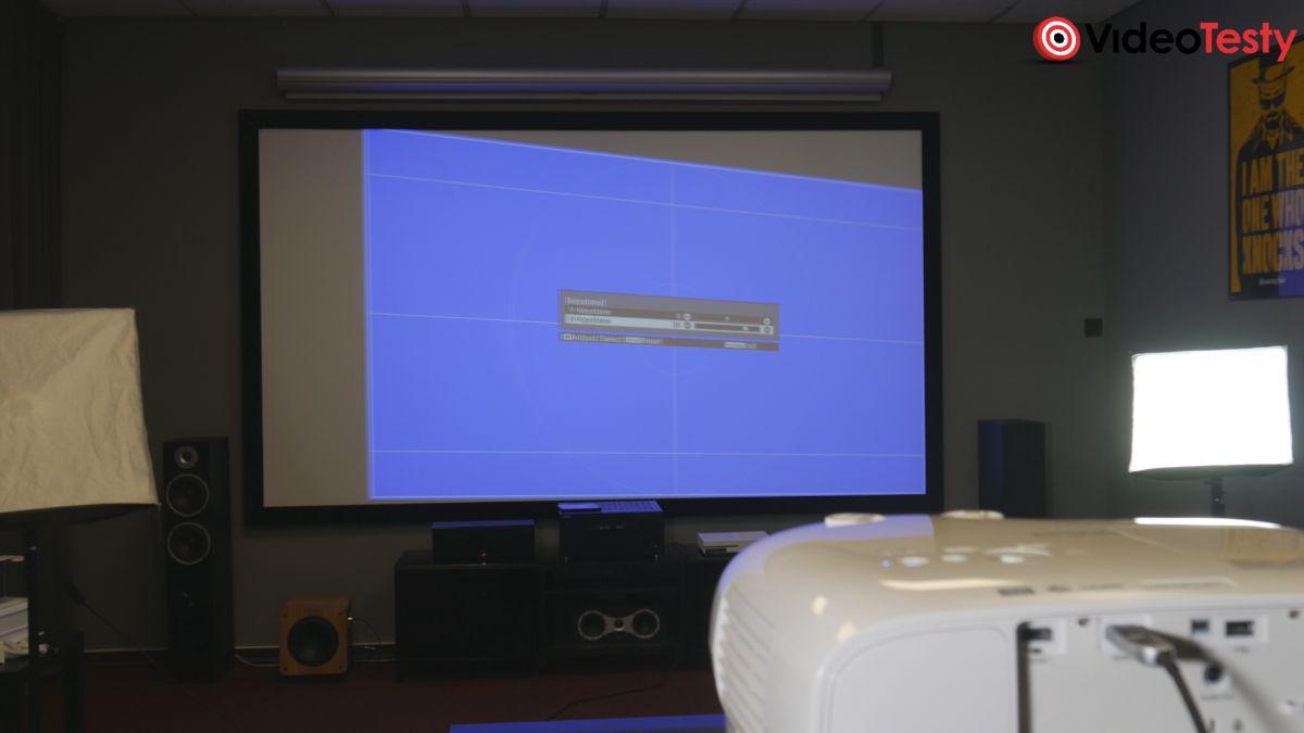 Epson EH-TW7000 projekcja pod kątem