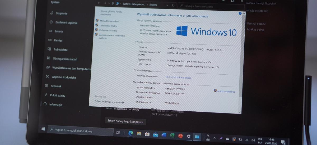 Surface Go 2 naładujemy przez port Surface Connect