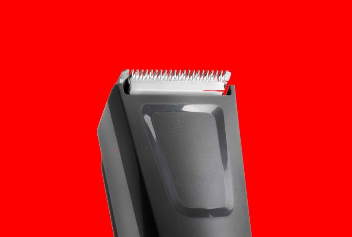 Zbliżenie na głowicę BaByliss Precision Cut E786E