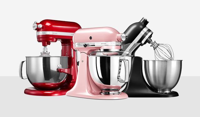 roboty kuchenne w różnych kolorach
