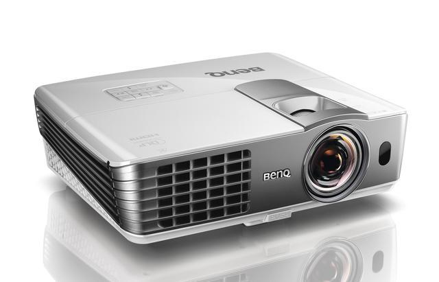 BenQ – krótkoogniskowy projektor 1080p 3D z kalibracją ISF