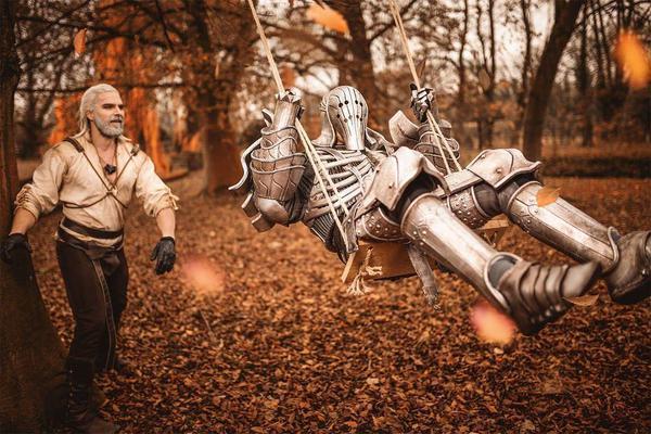 Witcher cosplay calendar