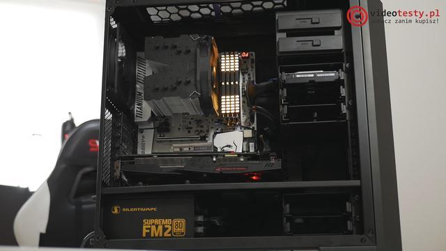 Komputer wyposażyliśmy w wydajną płytę główną od MSI.