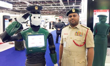 Pierwszy Prawdziwy Robocop w Historii Rozpoczął Służbę w Dubaju