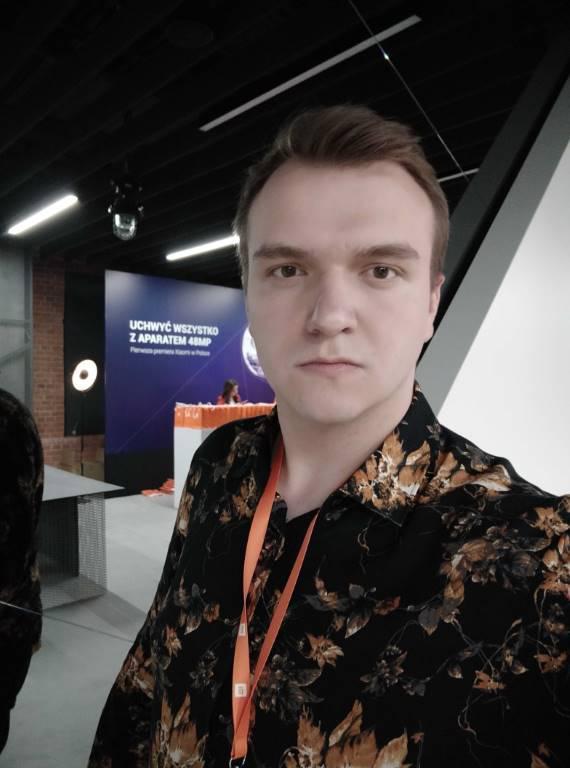 Selfie z przedniej kamery bez odcięcia