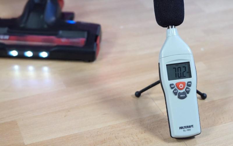 W teście dźwięku Hoover HF13RXL poradził sobie nieźle