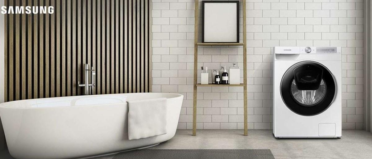 Pralka  Samsung WW90T654DLH z ai control w łazience