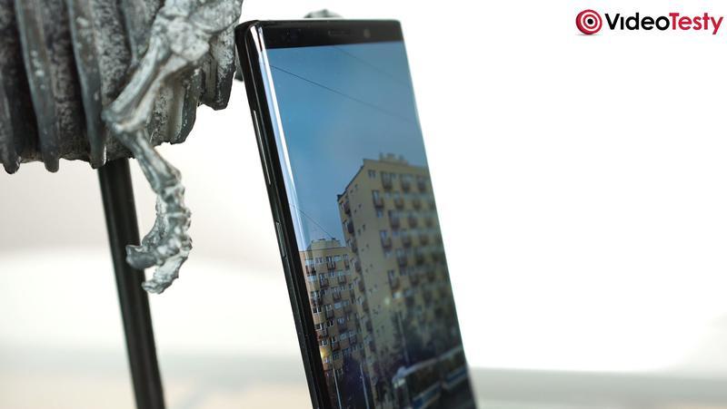 Samsung Galaxy Note 9 ma zagięty ekran