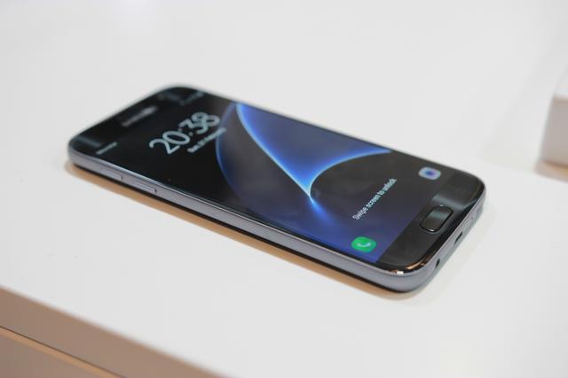 porównanie smartfonów