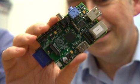Raspberry Pi 2 - Filigranowy Komputer Z Windowsem 10