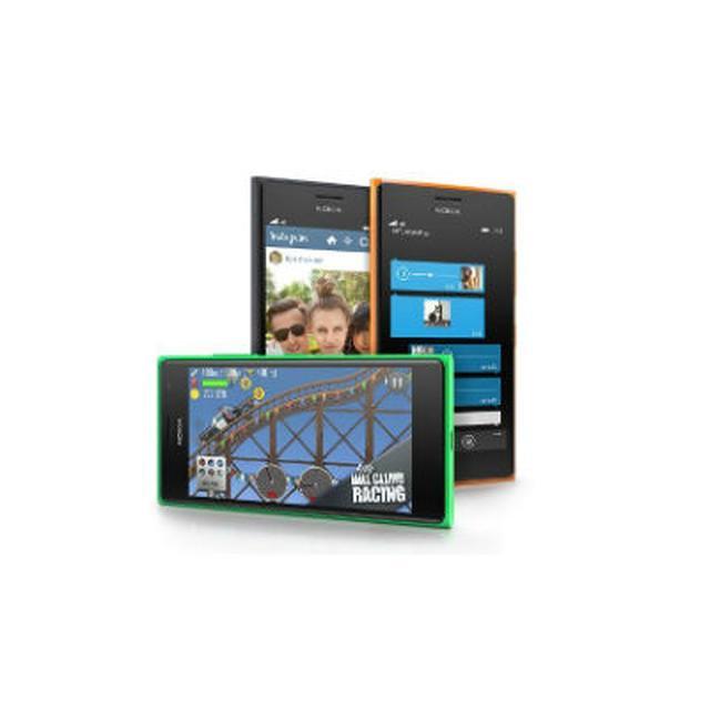 Nokia Lumia 735 - Tani Smartfon W Żywej Kolorystyce