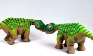 Pleo RB - Dinozaura kup mi luby