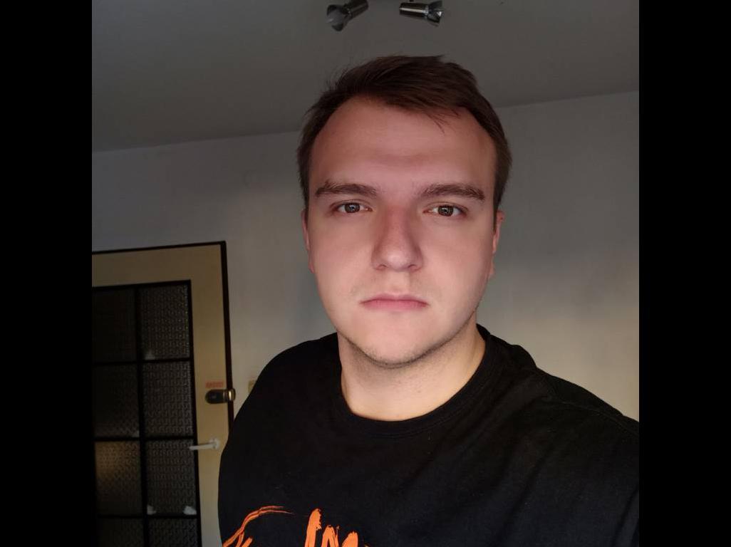 Redmi Note 8 Pro - selfie w trudnym oświetleniu