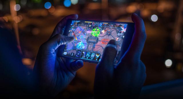 gry-na-razer-phone