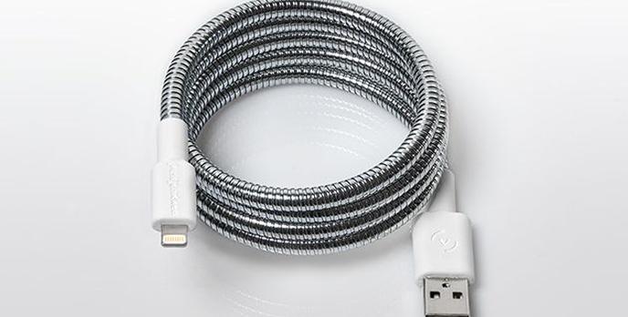 Ten Kabel USB Przetrwa Praktycznie Wszystko