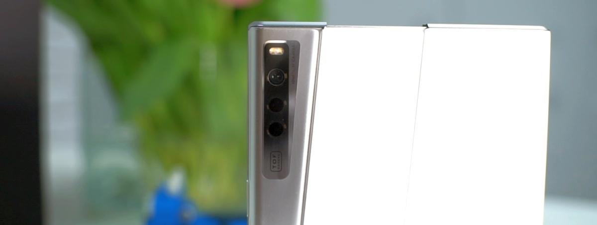 Pod względem aparatów Oppo X 2021 ma braki w porównaniu z nowoczesną konkurencją