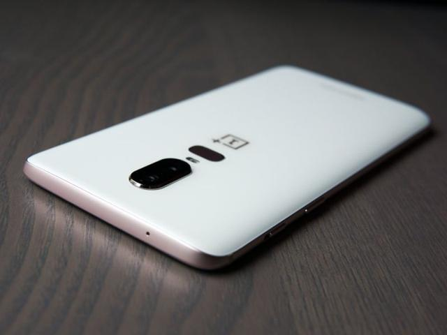 OnePlus 6 Silk White aparat