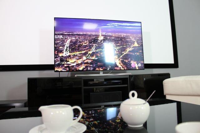 nowoczesny telewizor lg