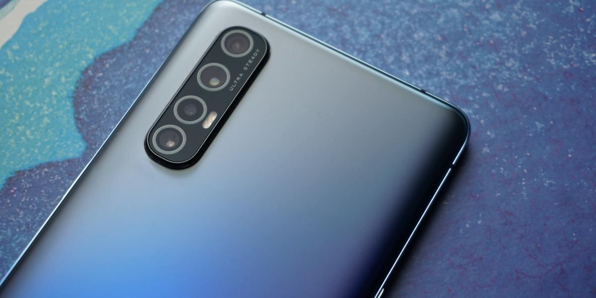 Oppo reno3 Pro oferuje aparaty nieco wystające poza obudowę