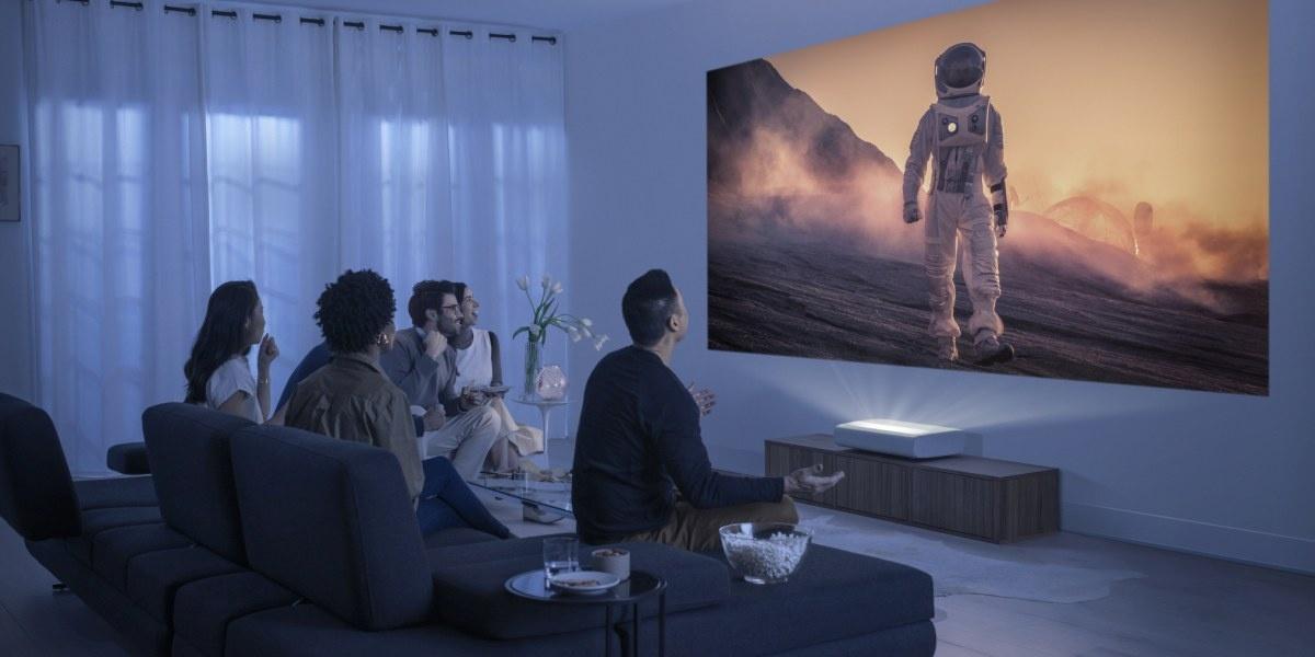 Projektor Samsunga umieścimy bezpośrednio przy ścianie