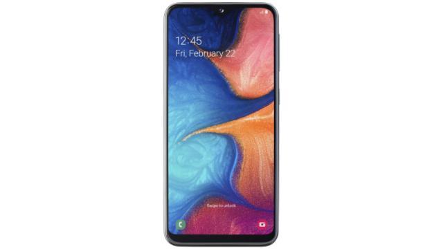 Samsung Galaxy A20e z przodu