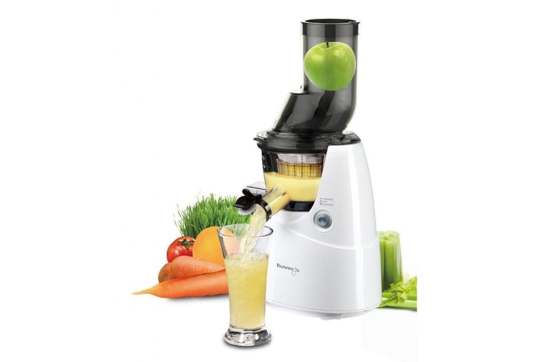 wyciskanie soku z różnych owoców i warzyw