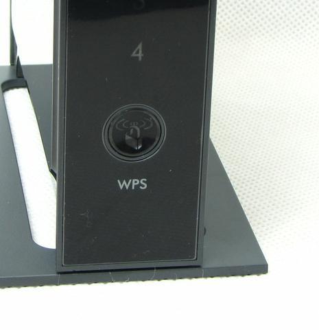 WNR3500L fot4