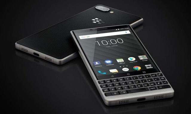 Telefony BlackBerry z fizyczną klawiaturą wracają!