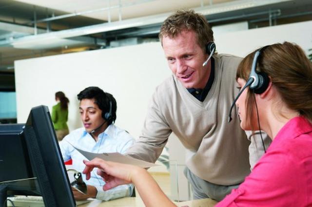 Od open space do UC – trendy w komunikacji biurowej