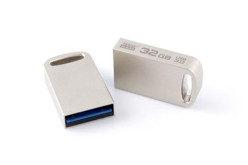 GoodRam POINT Srebrny 32GB USB3.0