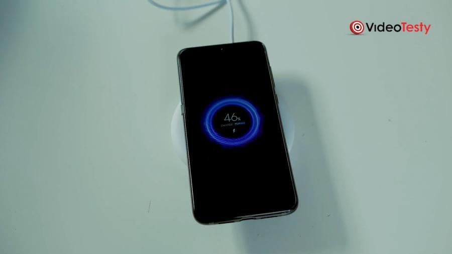 Mi 20W wireless charger to przyjemny dodatek