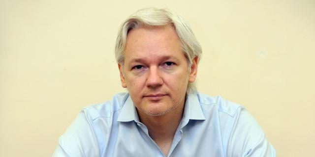 Julian Assange - bohater czy zbrodniarz?