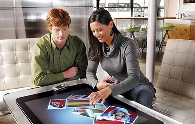 Microsoft Surface 2.0 - mobilny stół za $7600