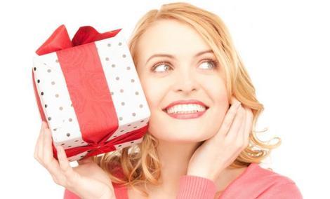 Idealny prezent na dzień kobiet - Zobacz najlepsze propozycje!