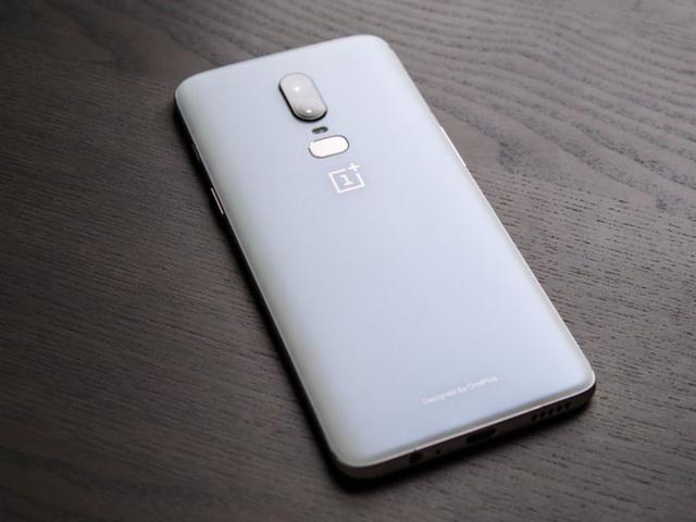 OnePlus 6 Silk White obudowa